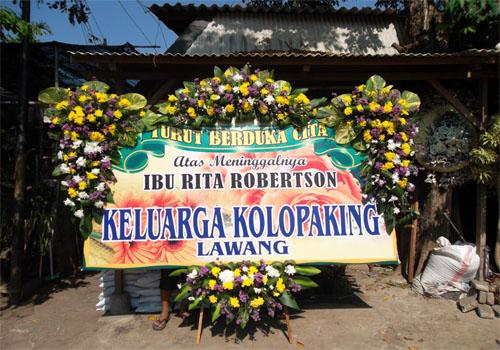 bunga medan,foto papan bunga,bunga papan jakarta,bunga papan duka cita